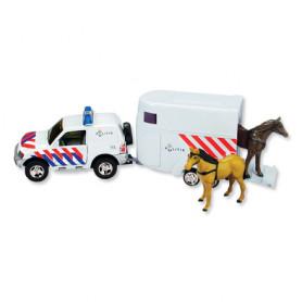 Politieauto met paardentrailer
