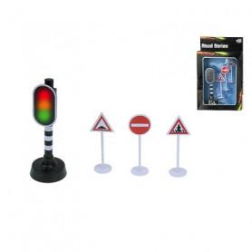 Stoplicht + 3 verkeersbordennd 3 traffic signs